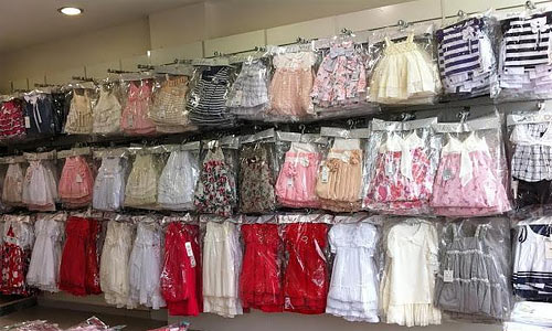 картинка про доставку стоковой одежды из Европы